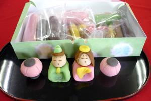 和菓子の手作りおひなさま